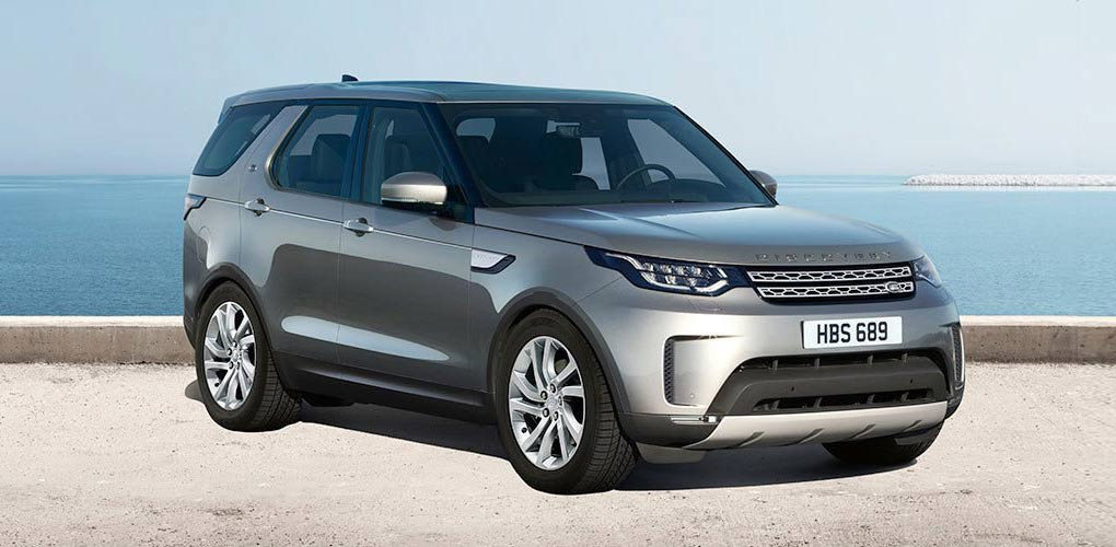 Land Rover Discovery car for rent in Ibiza